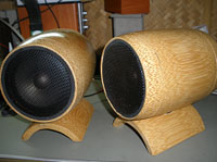 ��⾧���������� �Өҡ��� wood speaker for desktop computer